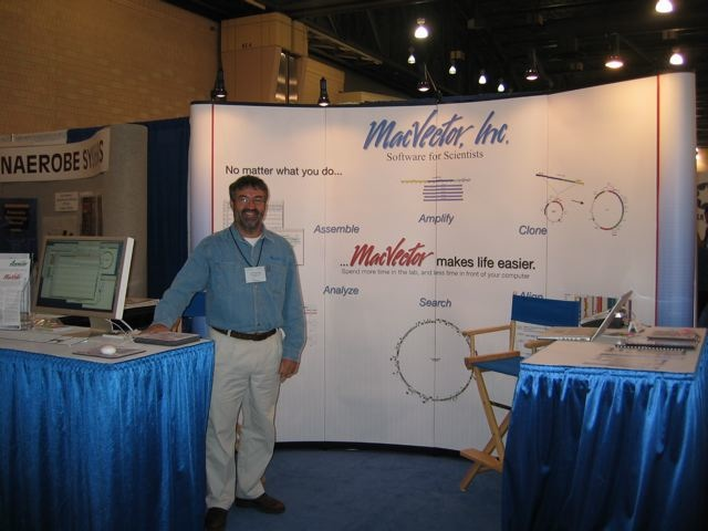 Kevin at our booth at the ASM 2009 in Philedelphia